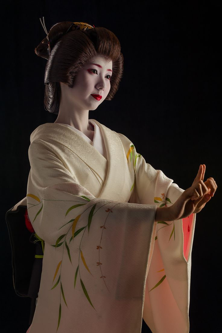 John Paul Foster - A Photographer of Geisha, Maiko, and Kyoto