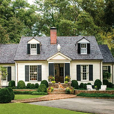 darling 1930s Cape Cod cottage