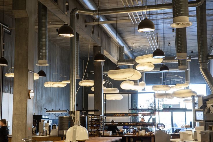 Farumhus in Herlev. Interior design, indretning, decor, bakery, bageri, cafe cloud lamps from @molostudio
