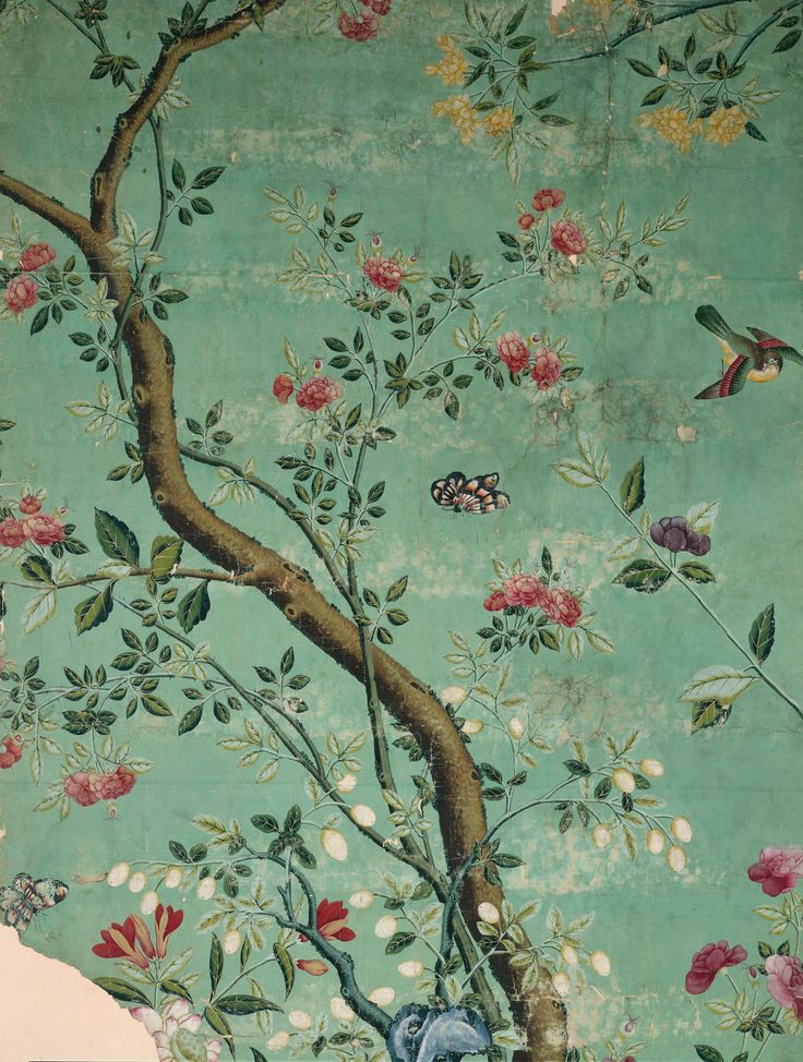 I have fallen in love with the wall Murals at www.surfaceview.co.uk. This one is from their V & A Inspired collection.