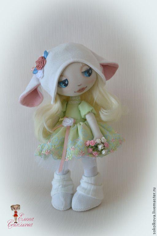 Купить Милая Агнешка - салатовый, кукла, овечка, кукла в подарок, текстильная кукла, интерьерная кукла