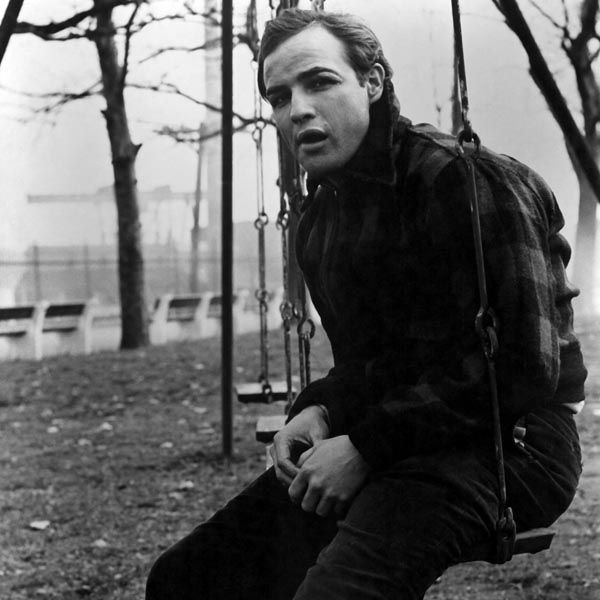 elia kazan s on the waterfront an Kazan's first major hit after the fiasco of huac was 1954's on the waterfront, which opened with great critical and commercial success after the director's two previous box office failures.