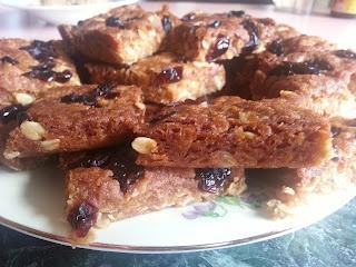 Anzac Slice with Cranberries #baking #slices #cranberries #anzac