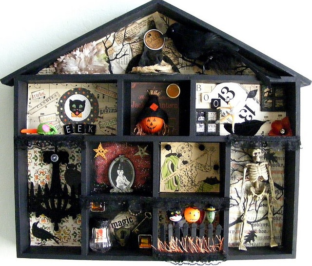 halloween shadow box i like the house idea for a family shadow box eg each person has their own room - Halloween Diorama Ideas