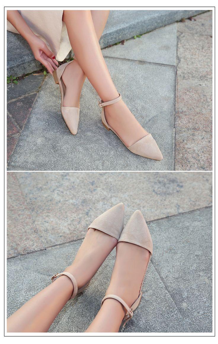 Летние новые полые простые плоские сандалии пряжки слова дикого сплошного цвета замши сандалии студентка заостренной комфорт - Taobao