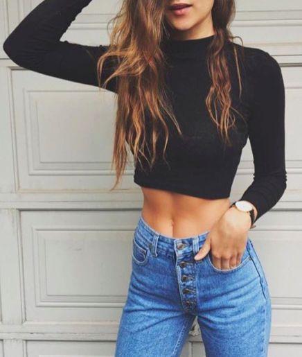 mock crop + high waisted jeans || @kyliieee