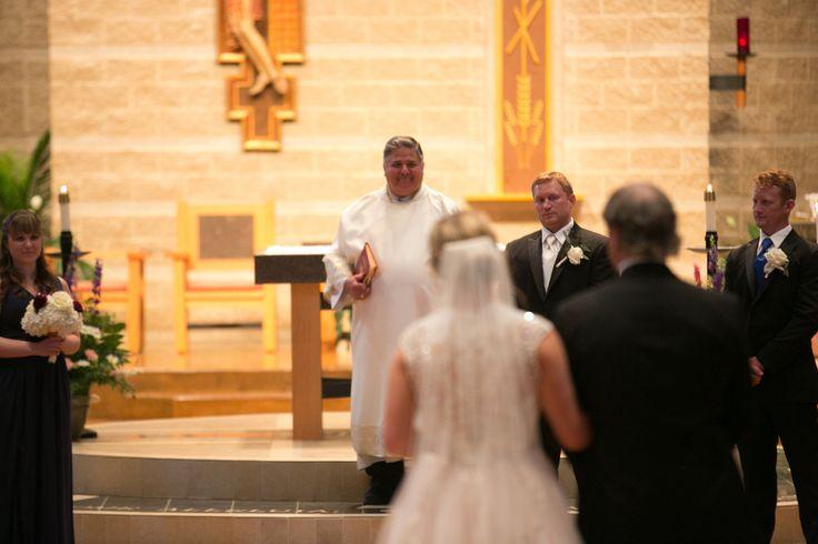 Planner: Angela Proffitt Venue: Saint Stephen Catholic Community, Nashville  Photographer: Morgan Gibowski