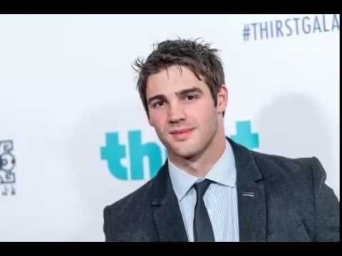 The Vampire Diaries' Steven R  McQueen Joins Chicago Fire