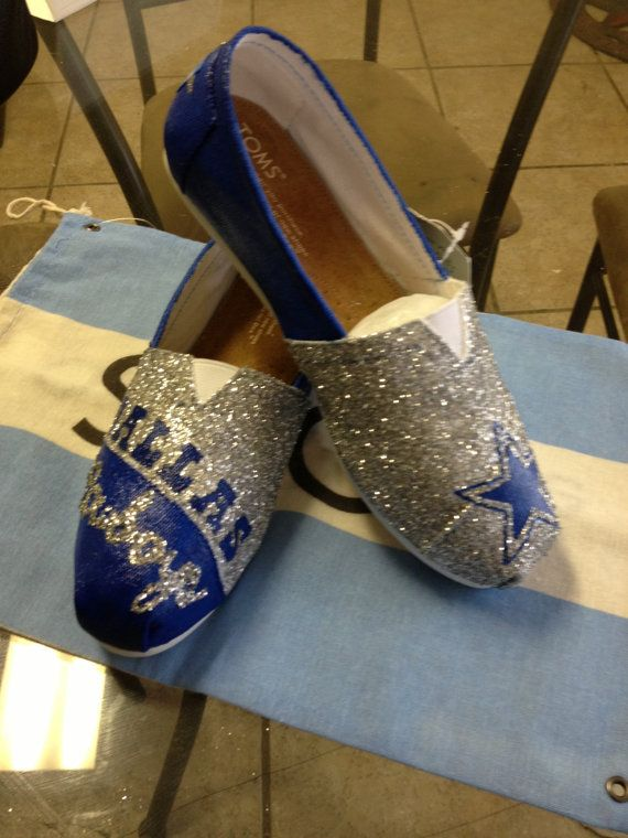Custom Hand Painted Dallas Cowboys Toms Womens 6-1/2
