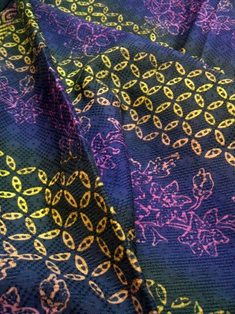 Batik dobi pelangi, komposisi motif & warna cantikkk banget...