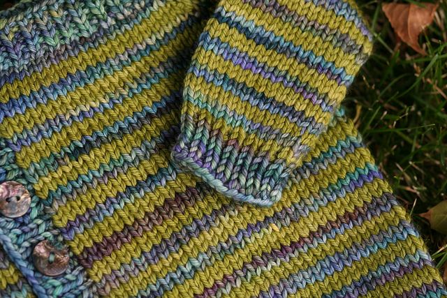 Malabrigo Knitting Patterns : Raveller gabhunters celery sweater (Offset Wraplan pattern by Sara Morri...