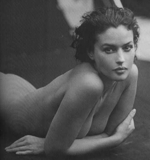monica bellucci: Women Monica, Buy A Houses, Monica Belluci, Beautiful Monica, Monica Bellucci, Monicabellucci, Beautiful People, Sensual Curves, Beautiful Girls