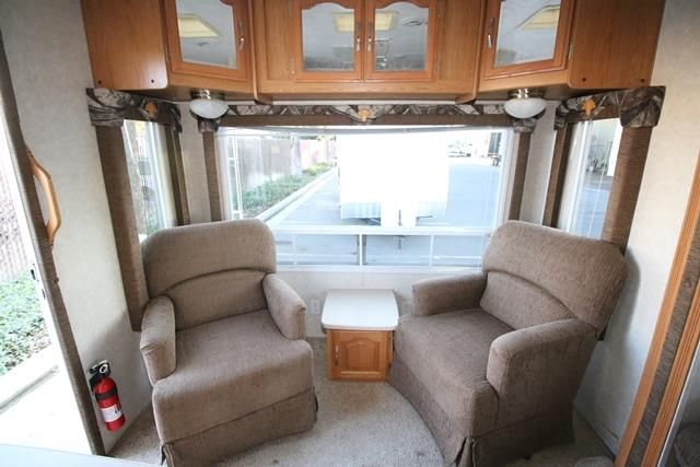 Used 2006 Forest River Sierra 25RLSS FW Fifth Wheel For Sale - Camping World of Bakersfield