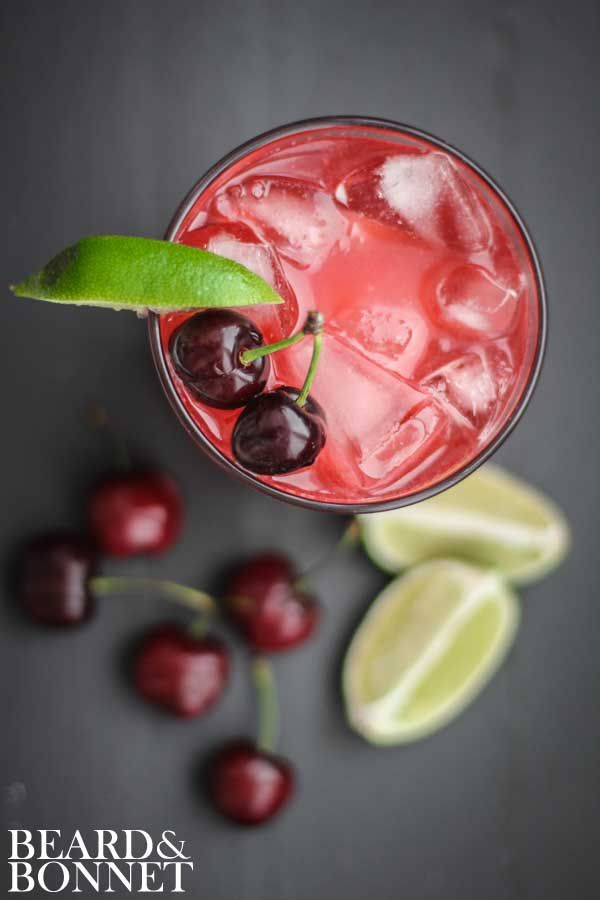 Fresh Cherry & Lime Margarita And 50+ Cinco de Mayo Margarita Madness Recipes {Beard and Bonnet} #glutenfree #vegan