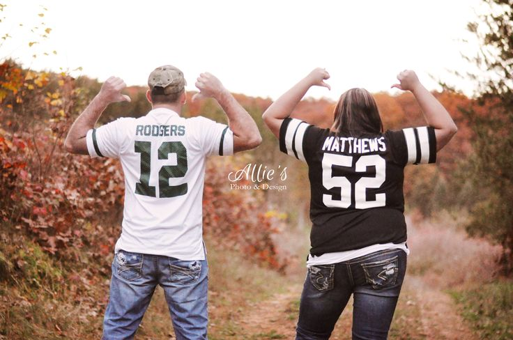 Fall Football Green Bay Packers Funny Engagement Pictures