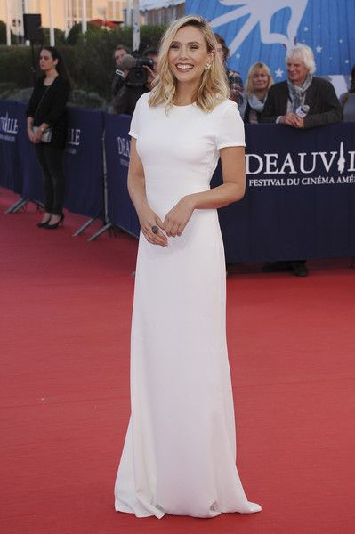 Elizabeth Olsen Photos - Elizabeth Olsen arrives at the 'Ruth And Alex' Premiere during the 41st Deauville American Film Festival on September 9, 2015 in Deauville, France. - 'Ruth and Alex' Premiere - 41st Deauville American Film Festival