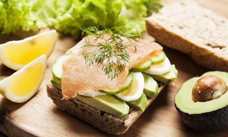 Οι τροφές που πρέπει να τρώει μια γυναίκα μετά τα 40