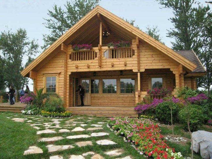 Casas de madeira estilo colonial perspectiva fachada com for Colonial log homes