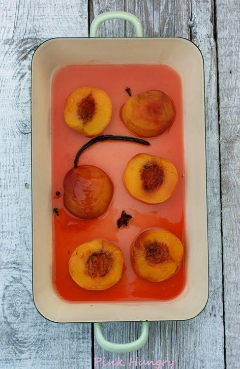 vanilla white wine poached peaches