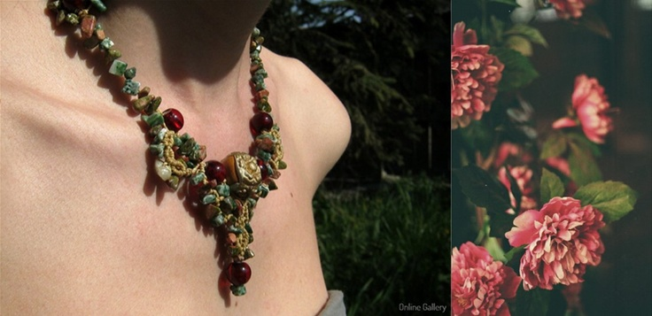 Colier handmade inspirat de trandafiri