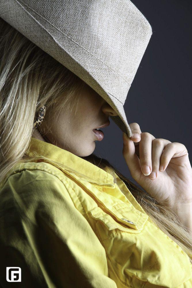 """Fabiana Grady PHOTO de BOOK """"Possibilite reviver lindos momentos"""" Icaraí / Niterói / Rio de Janeiro #fotografia #modelo"""