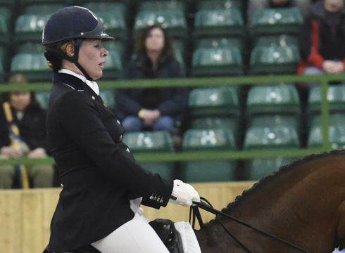 British grand prix dressage rider Fiona Bigwood is recovering after a fall at Keysoe Premier League show (Saturday 26 April) left her in hospital with severe concussion. She was riding a safety helmet, which was split by the impact. #dressage #ridingsafety #ridinghats
