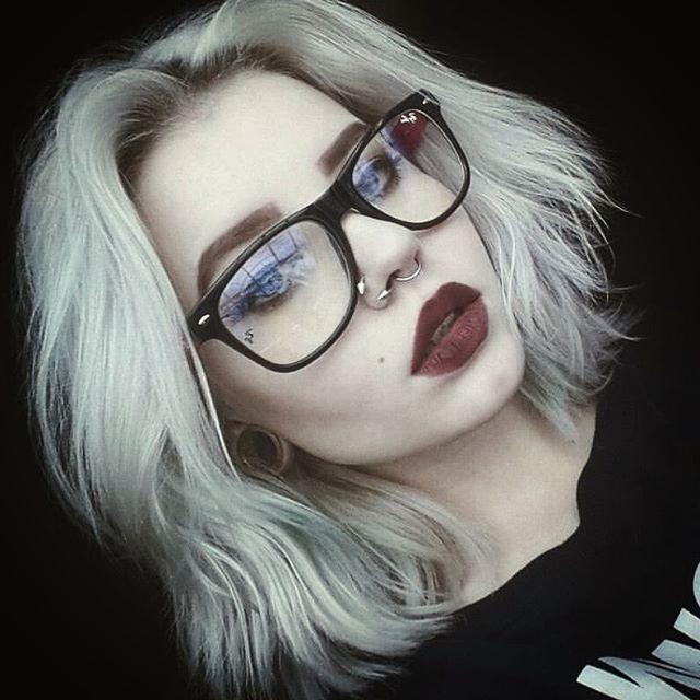 Gonna love that hair! #grunge @_geheimnisvoll