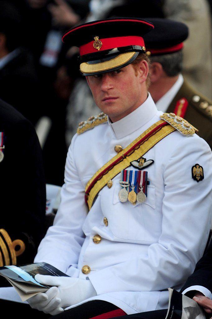 Photos of Prince Harry in Uniform | POPSUGAR Celebrity UK