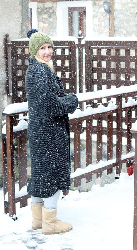 Chunky Cardigan Knitting Pattern | Beautiful Women's Sweaters