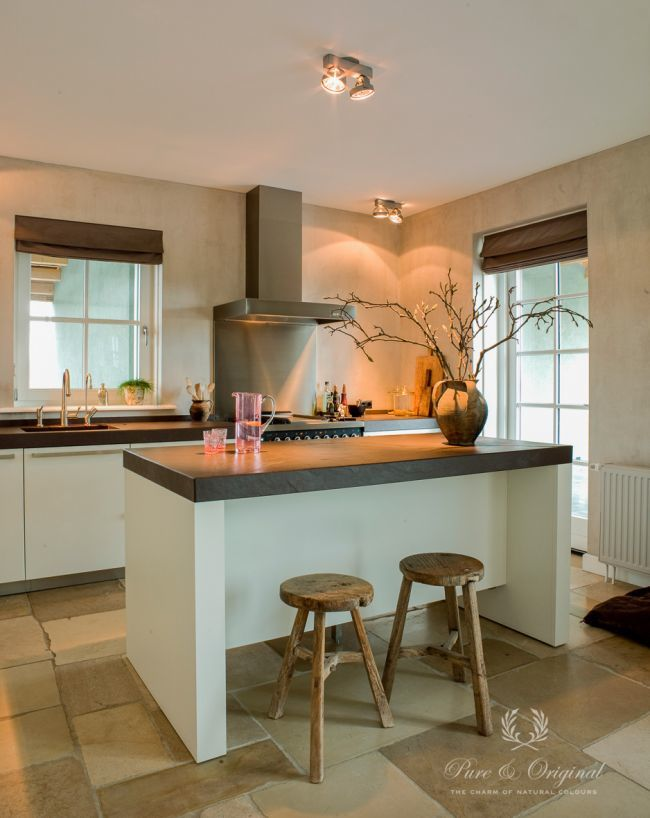 Fresco lime paint from Pure & Original in the kitchen. Saturated with Dead Flat Eco Sealer for easy cleaning