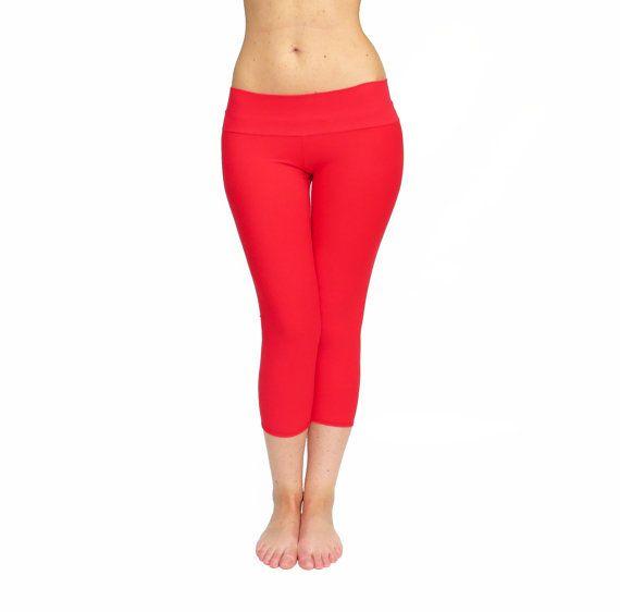 Best 25  Red yoga pants ideas on Pinterest | Gym fashion, Burgundy ...