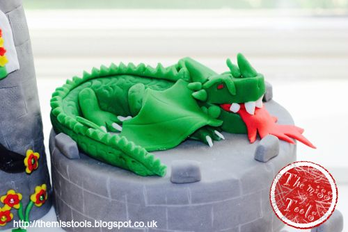 The miss tools: Fairy Birthday cake, the dragon
