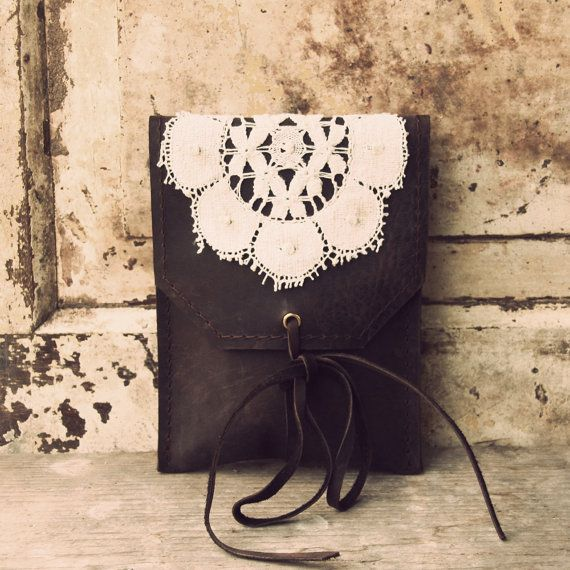 Beautiful fine hip bag with grandmothers lace