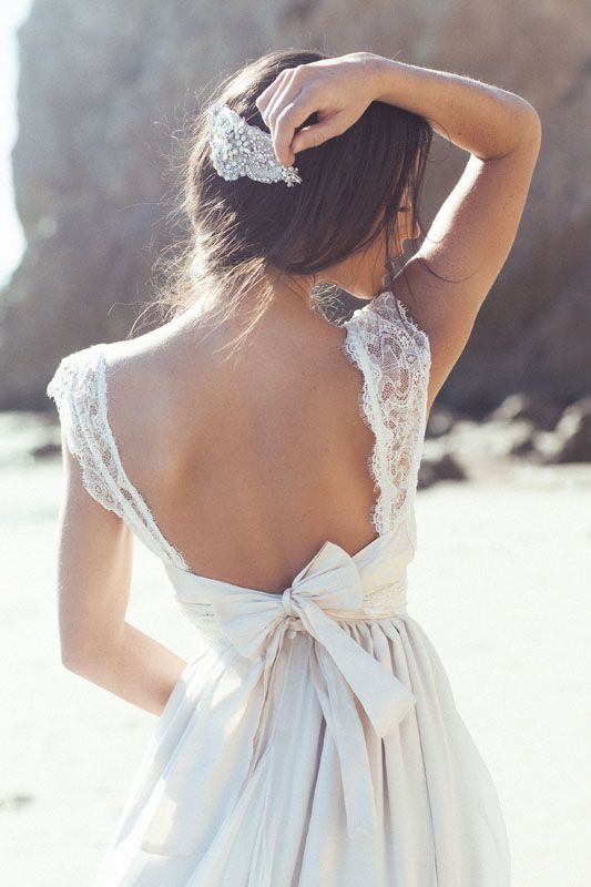 Bridal Blog | Anna Campbell | Vintage Inspired Wedding Dresses | Bridal Designer Melbourne #backless #weddingdress