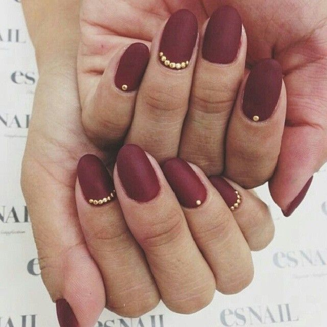 gold accent on matte maroon nails - 127 Best NAILS...WINE / BURGUNDY / PLUM Images On Pinterest Make