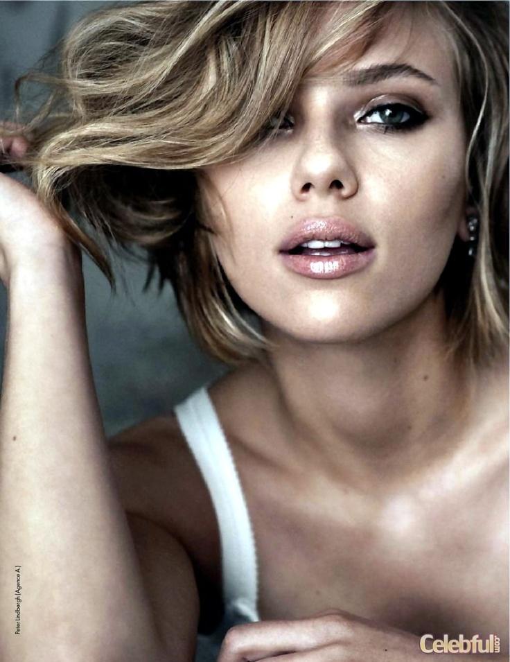 Scarlet Johansson..........