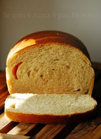 Se non è zucca è pan bagnato: Pan bauletto morbidissimo con lievito madre