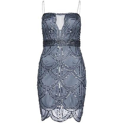Wunderschönes Kleid in Blau von Marie Lund. Der Charleston Look ist total angesagt und lässt sich super zu schwarzen Pumps kombinieren.