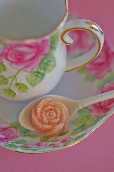 デコレーション教室 La Rose Cherie(ラ・ローズ・シェリー) -ローズエッセンスの薔薇のティーシュガー