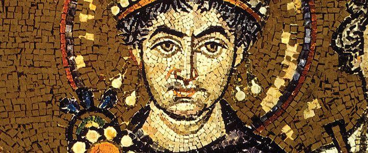 Justinianus yüzyıllar sonrasını etkileyen işler yaptı. Mimari anlamda İstanbul'a bıraktığı miras muhteşemdir. Roma kanunlarını yeniden düzenledi ve günümüze aktardı. Justinianus'u tanımadan günümüz İstanbul'unu tam olarak idrak etmek mümkün değildir.