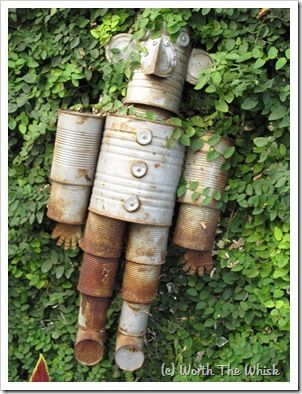 DIY tin can man.: Tin Man, Tin Can Man, Garden Art, Tins, Gardens, Tin Cans, Tinman, Tincanman