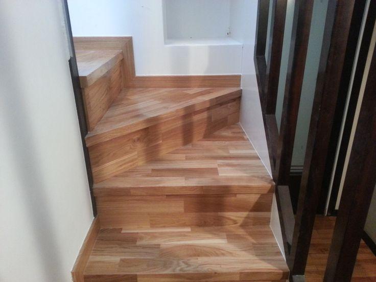 7 mejores im genes sobre revestimiento de escaleras en - Revestimiento para escaleras ...