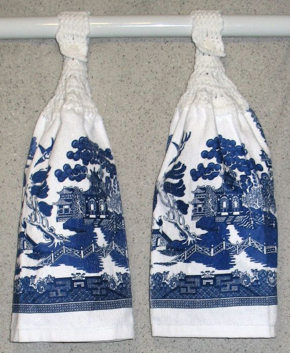 Blue Willow Pattern Hanging Hand Towels Set of 2 by SistersToo