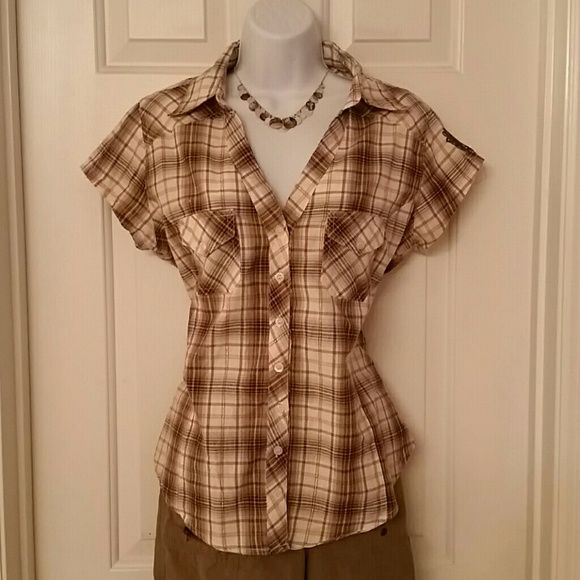 Beautiful Button Down Brown Plaid Top This top is in perfect condition.   It is a size M.   It can be worn casual like I have it paired with these capris or more dressy with brown slacks for the office.   It fits well and be dressed up or down.  Capris are also for sale. Dots Tops Button Down Shirts