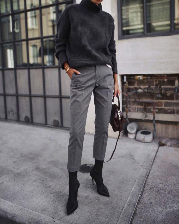 Bottines chaussettes & pantalon cigarette : le mix parfait !