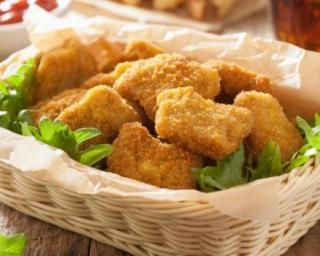Nuggets de dinde allégés spécial cuisine anti-crise : http://www.fourchette-et-bikini.fr/recettes/recettes-minceur/nuggets-de-dinde-alleges-special-cuisine-anti-crise.html