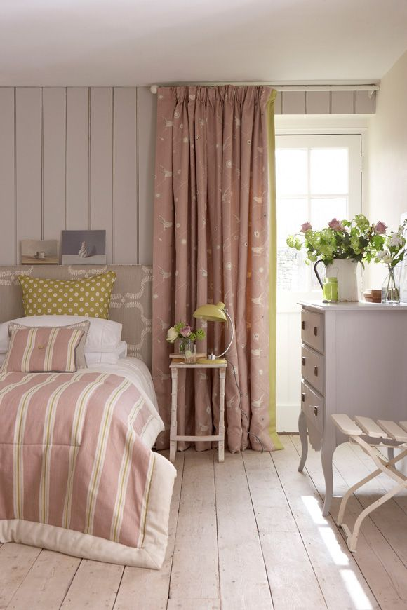 Vanessa-Arbuthnott_Swedish-Collection