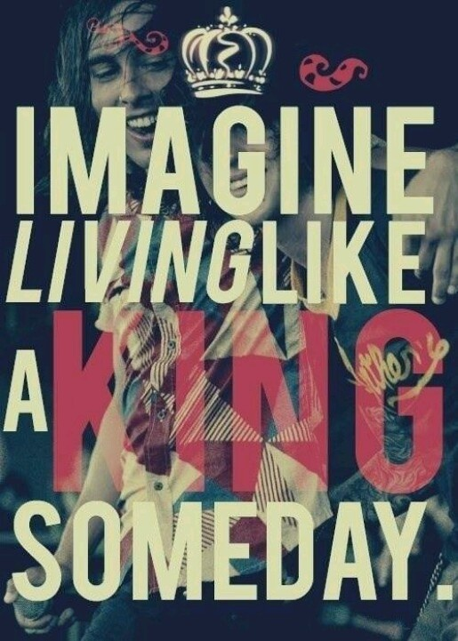 Vic Fuentes (: Kellin Quinn (: *King for a day