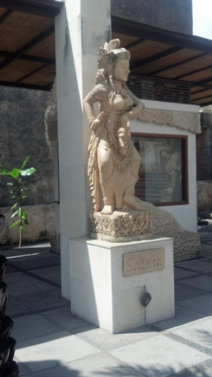 Shinta, the lovely goddess at the entrance - GWK, Bali