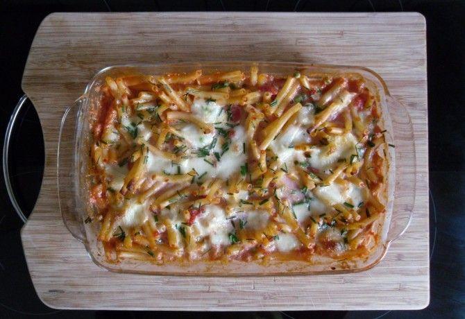 Borsós-paradicsomos-mozzarellás tésztagratin